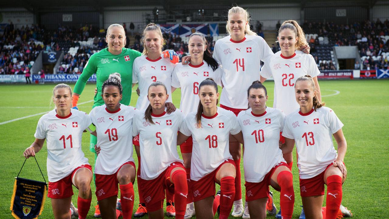 Schweizerischer Fussballverband Frauen Nationalteam In Den