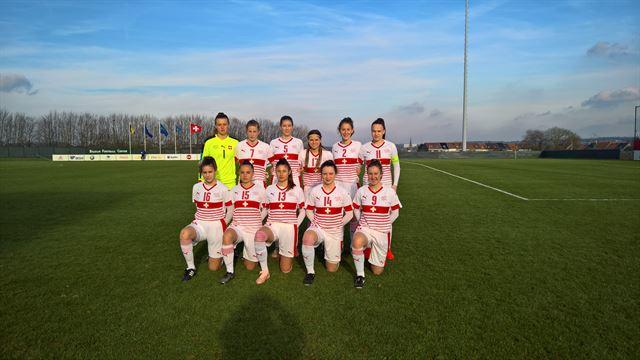 Schweizer U-17 Frauen starten Elitenrunde mit einem Sieg